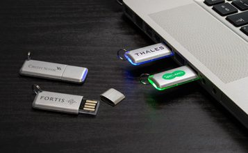 http://static.reclame-usb-stick.be/images/products/Halo/Halo0.jpg