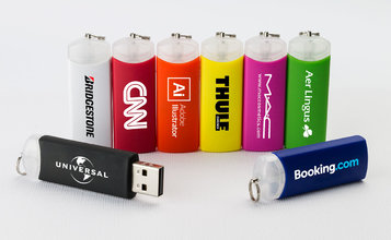 https://static.reclame-usb-stick.be/images/products/Gyro/Gyro0.jpg